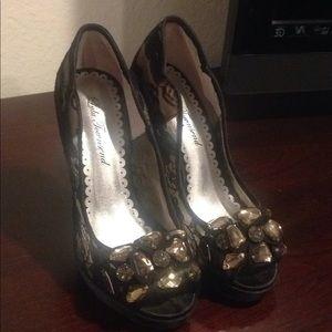 Lulu Townsend heels -used -7.5m